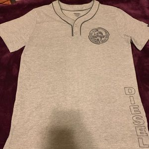 New with out tags boys t- shirt size XL 18